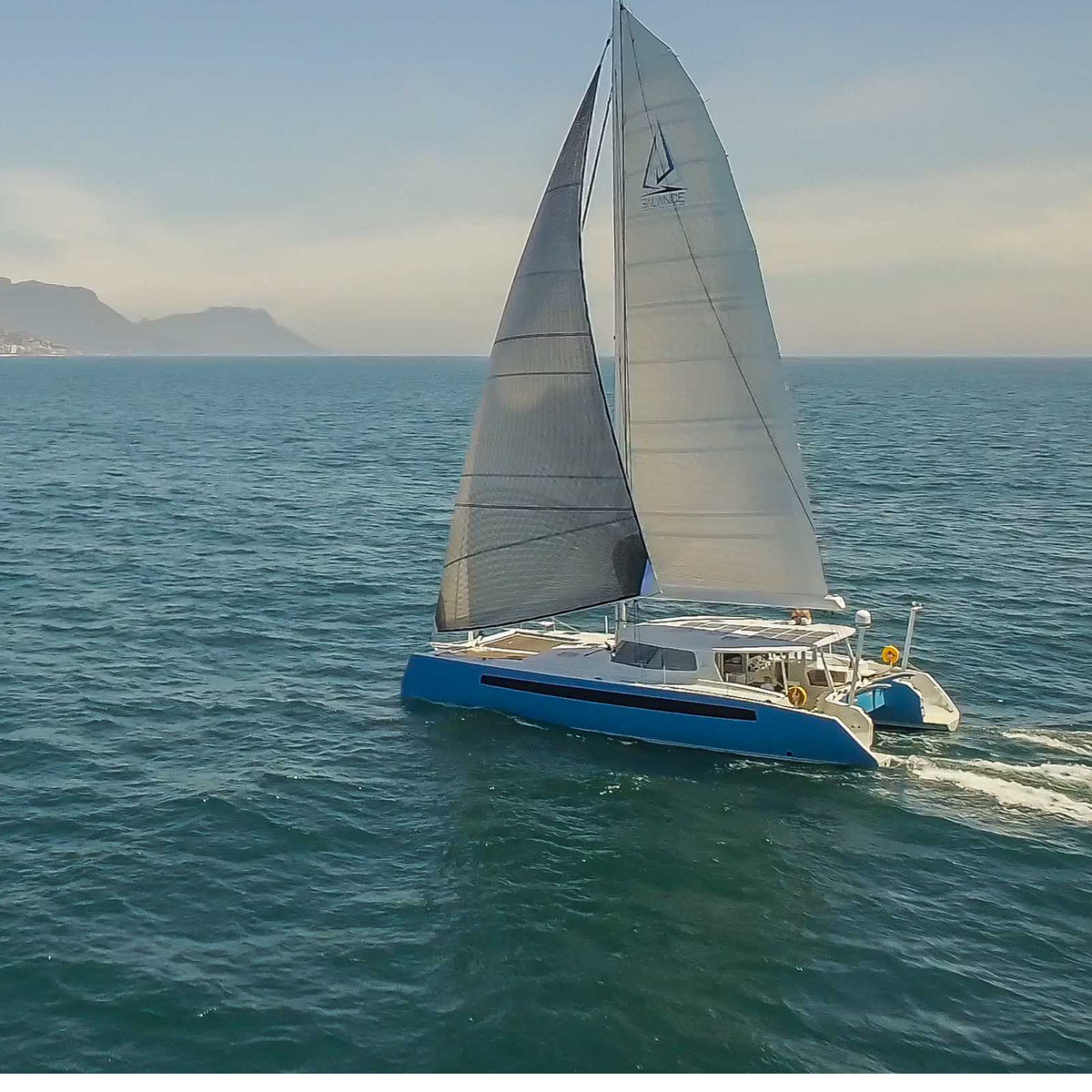 SAIL Magazine Reviews the Balance 526